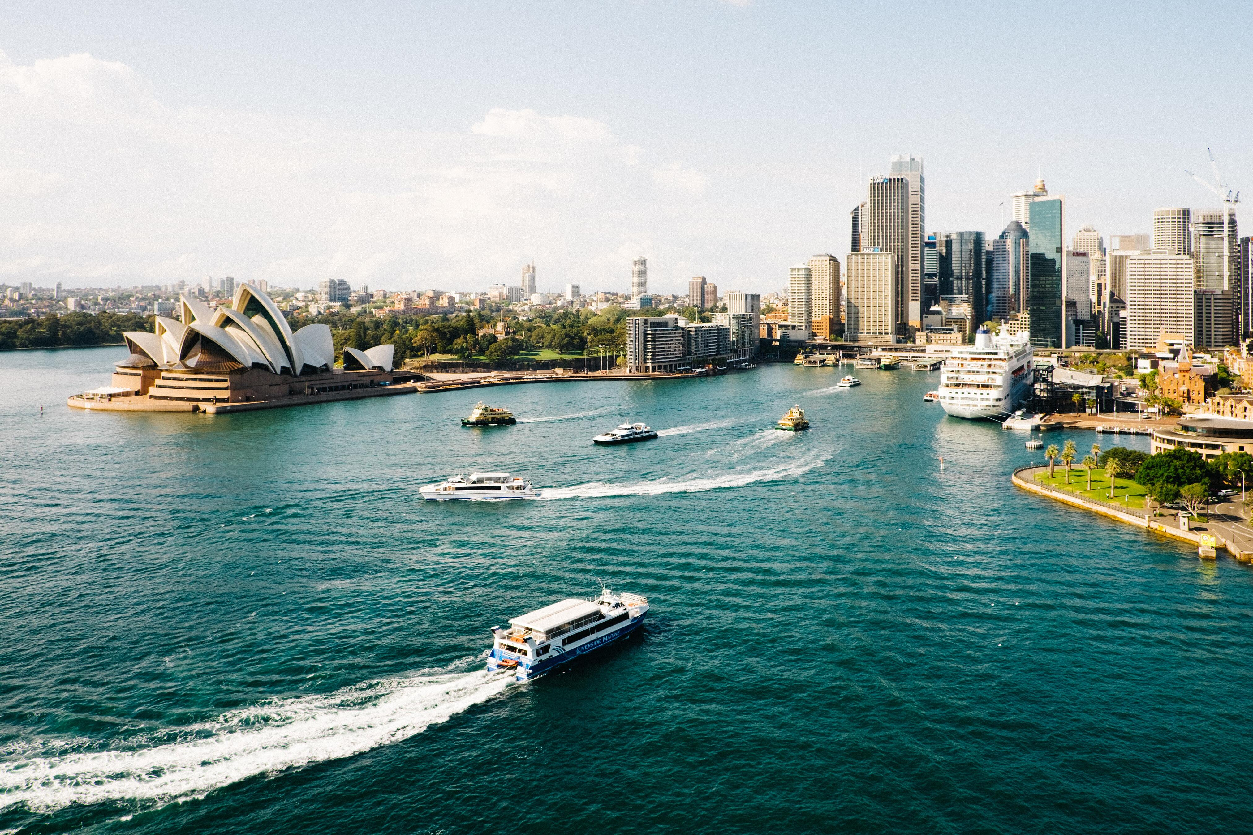 picture of sydney, australia from the bay