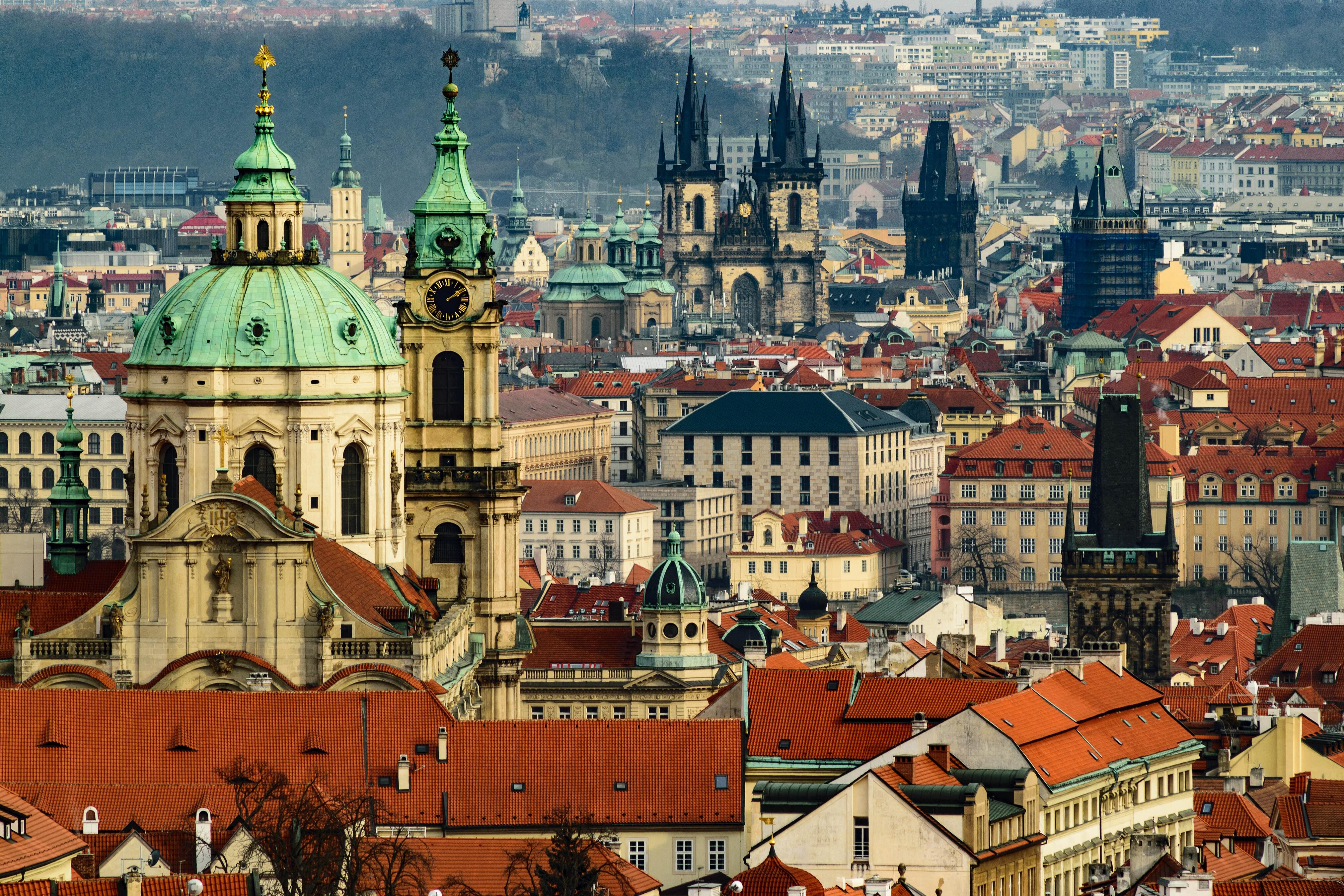 picture of prague rooftops